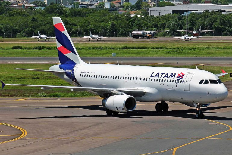 LATAM suspends operations in Argentina