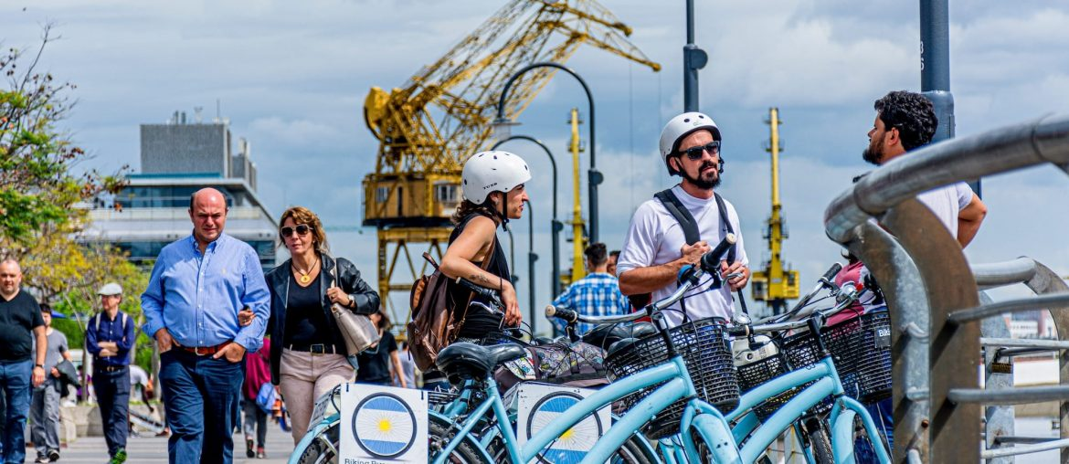Bike tour Buenos Aires group